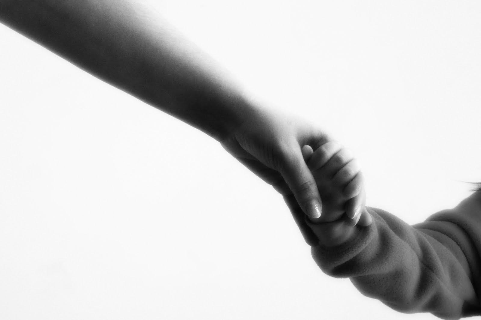 Mẹ có dám buông tay để con khôn lớn?